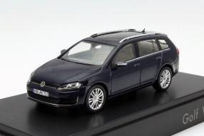New VW Golf VII Variant model car scale Maßstab 1:43