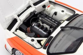Modellauto BMW M3 E30 #42 Cor Euser Maßstab 1:18