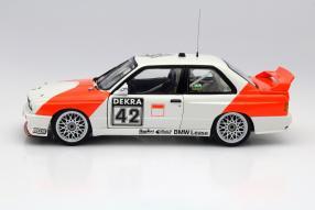 Minichamps BMW M3 E30 #42 Cor Euser Maßstab 1:18