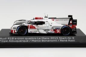 Audi R8 e-tron quattro #9 Le Mans 2015 Maßstab 1:18