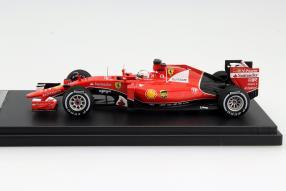 Modellauto Ferrari Sebastian Vettel Maßstab 1:43