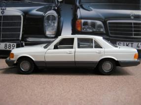 Mercedes-Benz S-Klasse W 126 Maßstab 1:35 NZG