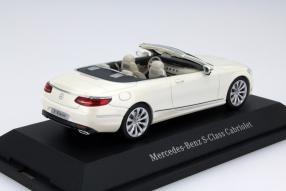 Modellauto Mercedes-Benz S-Klasse Cabriolet 1:43
