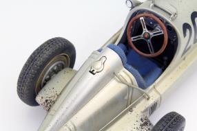 Mercedes-Benz W 25 1934 Modellauto Maßstab 1:18