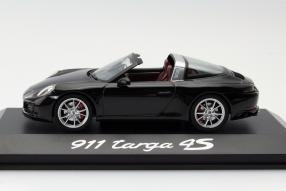 Targa Porsche 911 991/II von Herpa im Maßstab 1:43