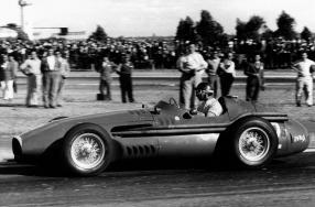 Maserati von Fangio auf der Essen Motor Show