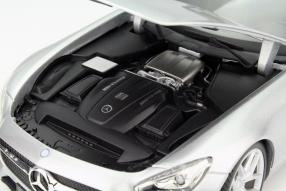 Modelauto Mercedes-AMG GT Maisto Maßstab 1:18