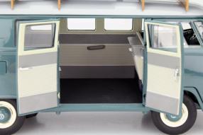 Schuco Volkswagen Bus T1 und Kleinschnittger F125 1:18