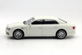 Bentley Flying Spur II Modellauto Maßstab 1:18