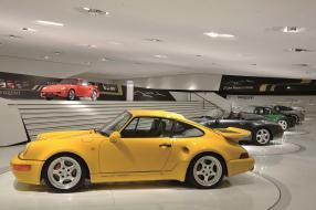 Porsche 911 / 964 Turbo Leichtbau 1992 im Museum