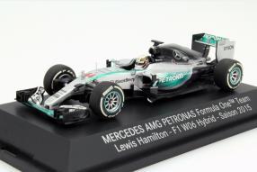 Mercedes-AMG F1 W06 Maßstab 1:43 von Minichamps