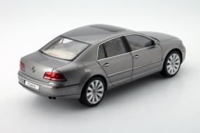 VW Phaeton Maßstab 1:18