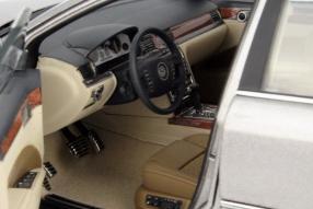 model car Modellauto VW Phaeton scale 1:18