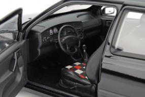 Modellauto VW Golf III GTI Jubiläumsmodell 20 Jahre GTI 1:18