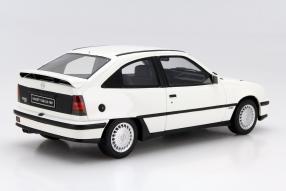 Modellauto Opel Kadett GSi 1988 Maßstab 1:18