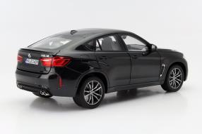 Modellauto BMW X6 M Maßstab 1:18