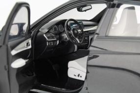 model car BMW X6 M scale 1:18