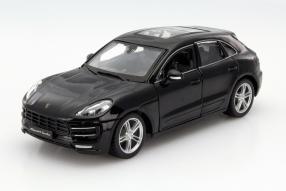 Fertigmodell Porsche Macan 1:24