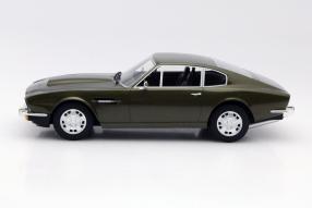Modellauto Aston Martin V8 1:18
