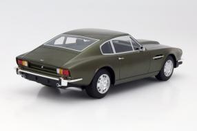 model car Astion Martin V8 scale 1:18