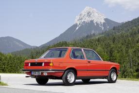 BMW 3er BMW E 21 1978 mit Heckblende