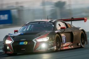 Audi R8 LMS gewinnt 24 Stunden von Dubai 2016