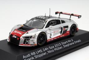 Modellauto Audi R8 LMS Sieger Nürburgring 2015 1:43
