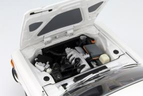 Minichamps BMW 3.0 CSI 1972 1:18