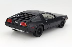 Modellauto DeLorean DMC-12 Maßstab 1:18