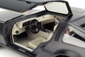 AutoArt DeLorean DMC-12 Maßstab 1:18