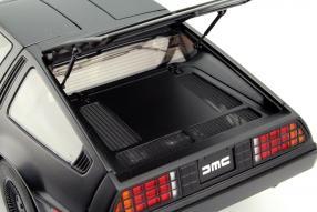 Modell DeLorean DMC-12 Maßstab 1:18