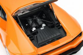 model car Lamborghini Huracán scale 1:18