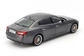Modellauto Maserati Quattroporte GTS 1:18