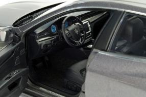 model car Maserati Quattroporte GTS scale 1:18