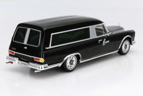 model car Mercedes-Benz 600 funeral scale 1:18
