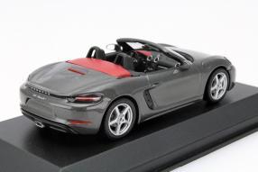 Modellauto Porsche 718 Boxster Maßstab 1:43