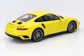model car Porsche 911 991 II scale 1:18