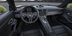 Blick ins Innere des Vorbildes: Porsche 911 Turbo S