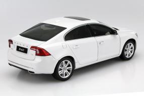 Modellauto Volvo S60 Maßstab 1:18