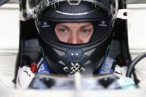 Konzentration: Nico Rosberg vor dem Rennen
