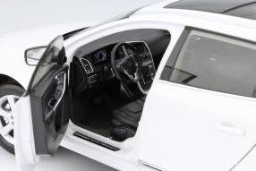 Modellauto Volvo XC60 1:18