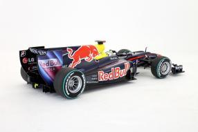 Modell Red Bull RB6 Sebastian Vettel 2010 1:18