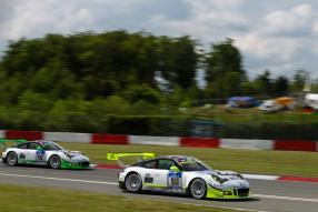 Porsche 911 Team Manthey Racing #911 #912