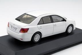 model car Toyota Allion scale 1:43