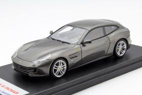 Ferrari GTC4 Lusso 1:43