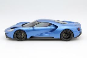 model car Ford GT scale 1:18