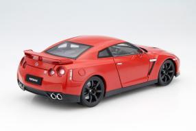 Modellauto Nissan GT-R R35 Maßstab 1:18