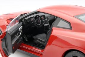 model car Nissan GT-R R35 scale 1:18