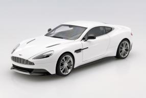 Aston Martin Vanquish V12 1:18
