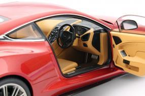 Modellauto Aston Martin Vanquish V12 Maßstab 1:18